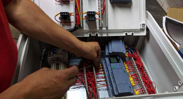 instalacion industrial electrica / electronicas
