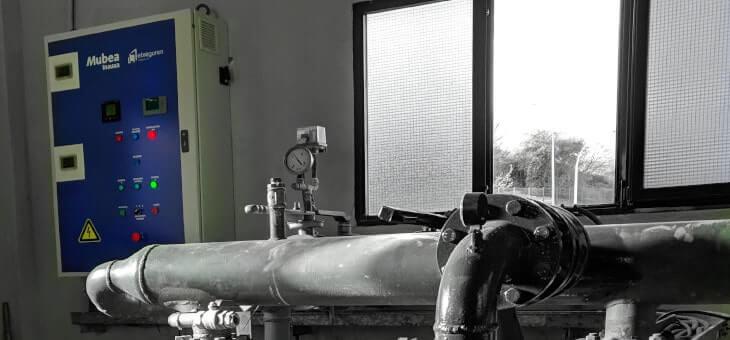 Nuevo cuadro de control de bombas de agua refrigerada para Mubea